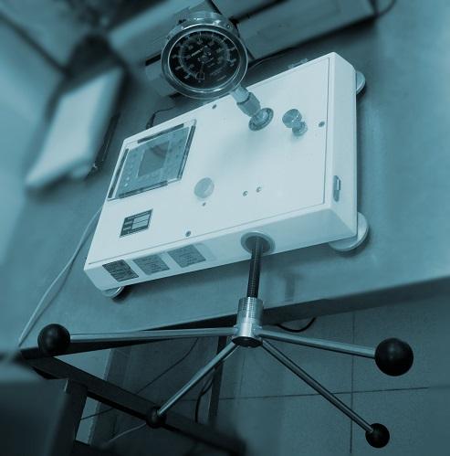 manómetro presión relativa