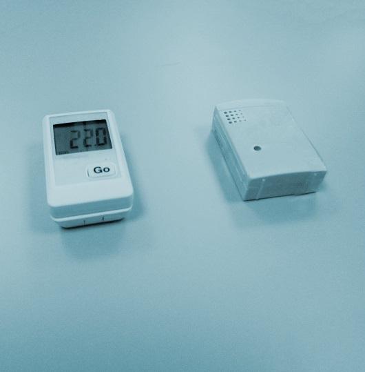 Ambient temperature data loggers calibration