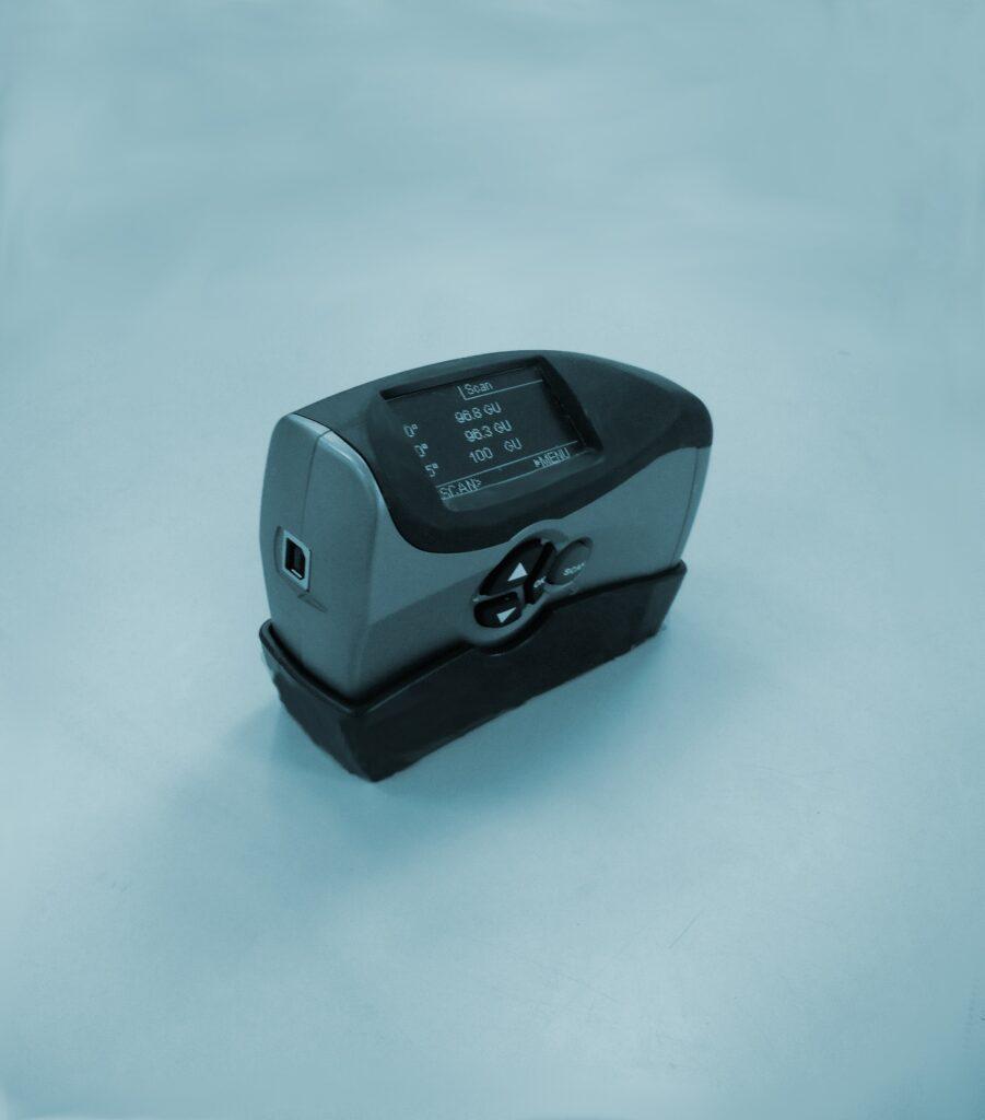Calibration of gloss meters
